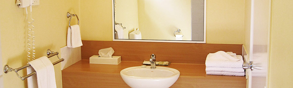 Spacious en suites providing instant hot water flow and a range of luxury toiletries